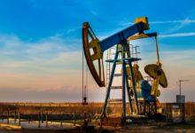 Photo of سعر النفط يحاول الصعود مجددًا بعد إعلان انخفاض مخزونات النفط الأمريكية