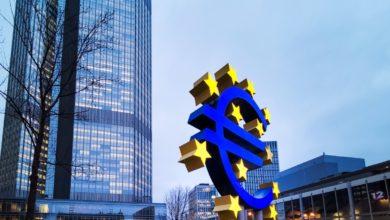 Photo of الأسهم الأوروبية تسجل خسائر أسبوعية ، مع قلق الأسواق من حدوث موجه جديدة لفيروس كورونا