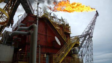 Photo of وكالة الطاقة الدولية تقلص من توقعتها بشأن انكماش الطلب علي النفط و سعر النفط يرتفع