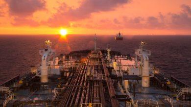 Photo of سعر النفط يواصل الأرتفاع وخام برنت فوق مستويات 35 دولار
